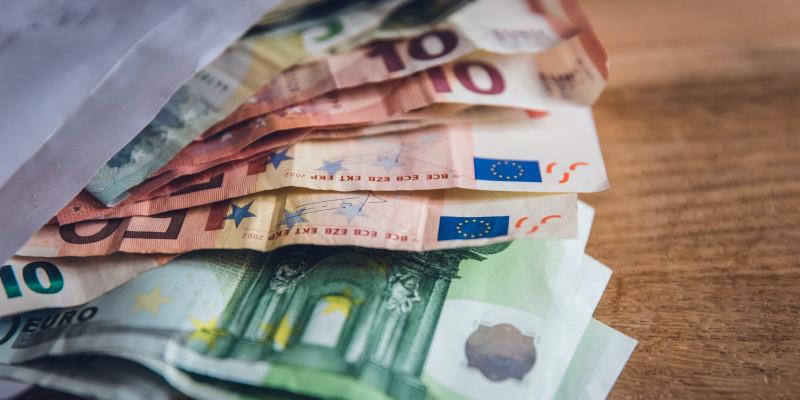 das-deutschlandstipendium-geldscheine