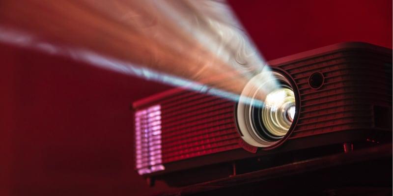 powerpoint-oder-prezi-projektor