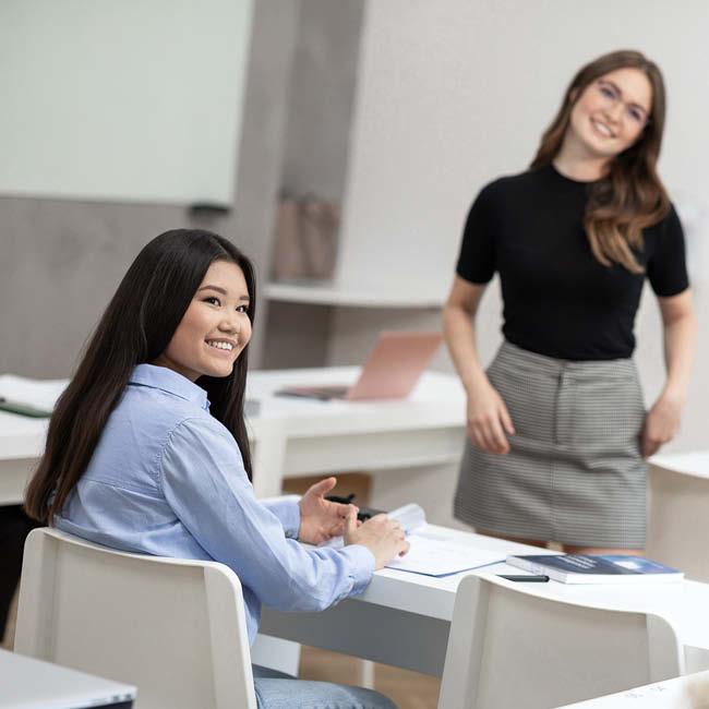 master-digitales-marketing-studentin